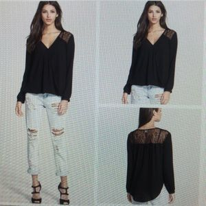 ASTR Black Lace Long Sleeve V-Neck Top